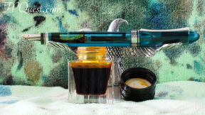 Omas 360 Vintage LE with Montbanc Golden Yellow ink bottle